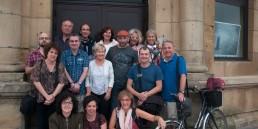 Grupo de asistentes al Taller de Fotografía de Calle, Fotografía Urbana en Donostia · QuitarFotos